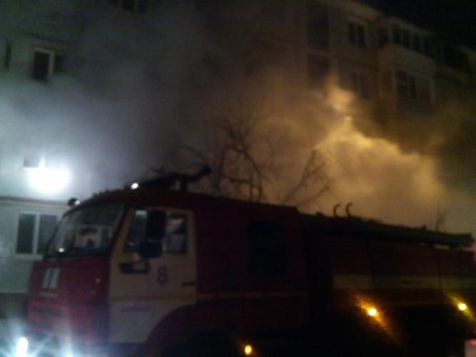 Сегодня ночью вБрянске горел многоквартирный дом