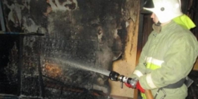 В Унечском районе огнеборцы тушили диван