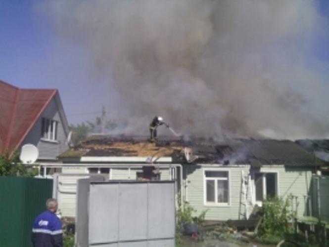 В Фокинском районе Брянска сгорел дом