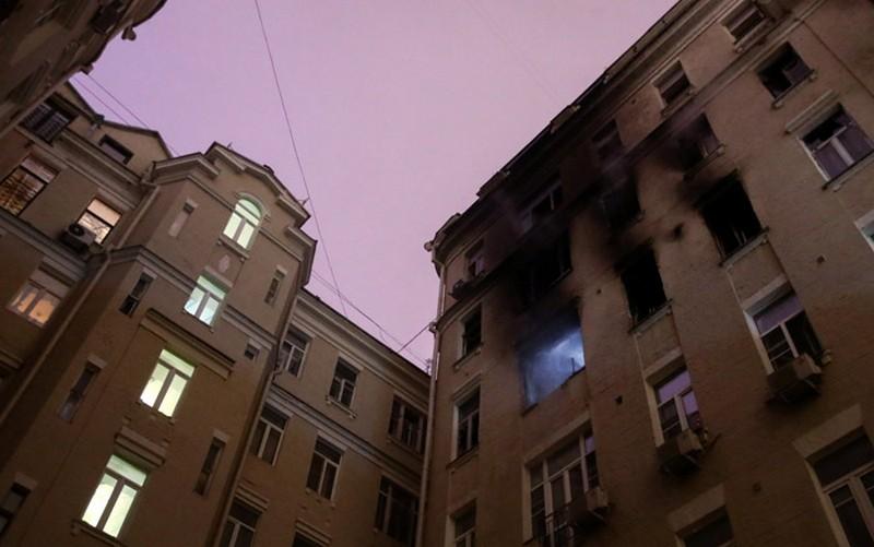Число погибших при пожаре в центре Москвы возросло до семи человек