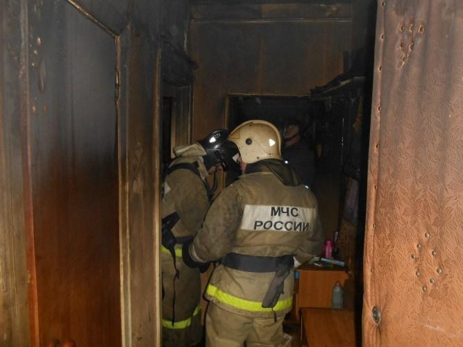 В Фокинском районе Брянска загорелась квартира