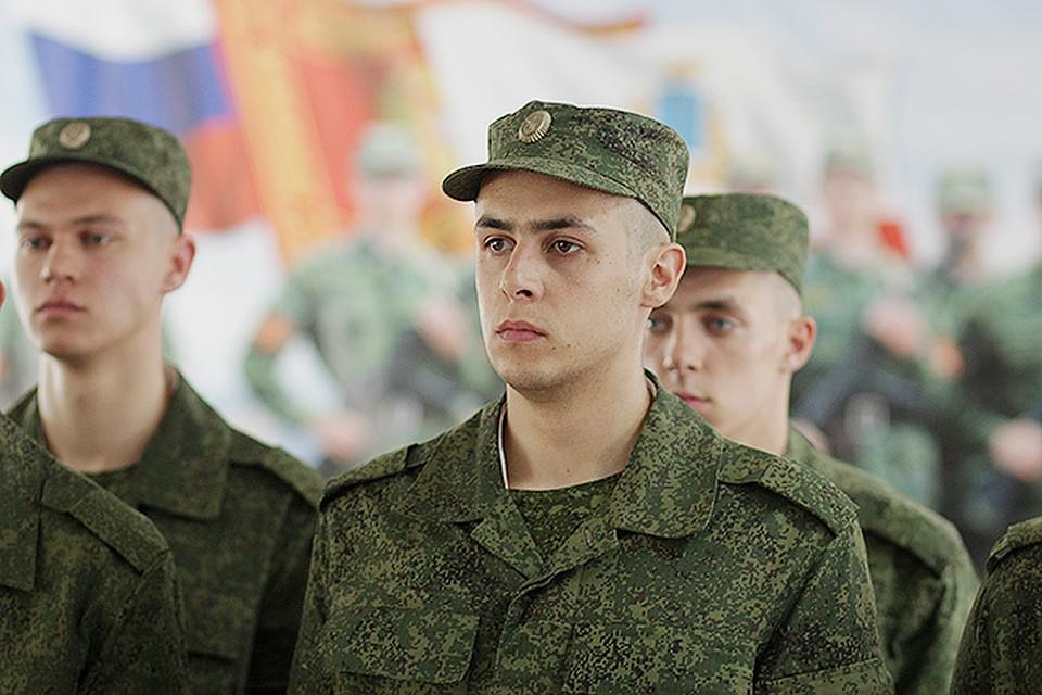 В Брянске пригрозили наручниками заболевшему коронавирусом призывнику