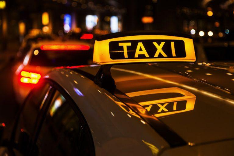 Брянцев предупредили о мошенничествах с заказом такси