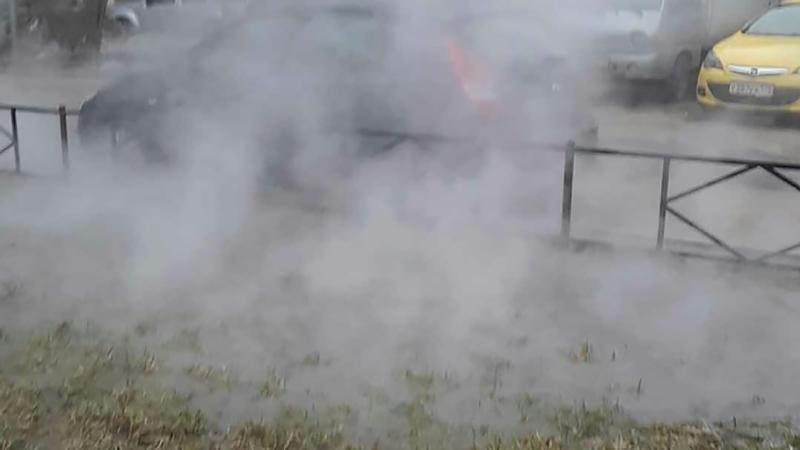 В Брянске на Новостройке прорвало трубы с горячей водой