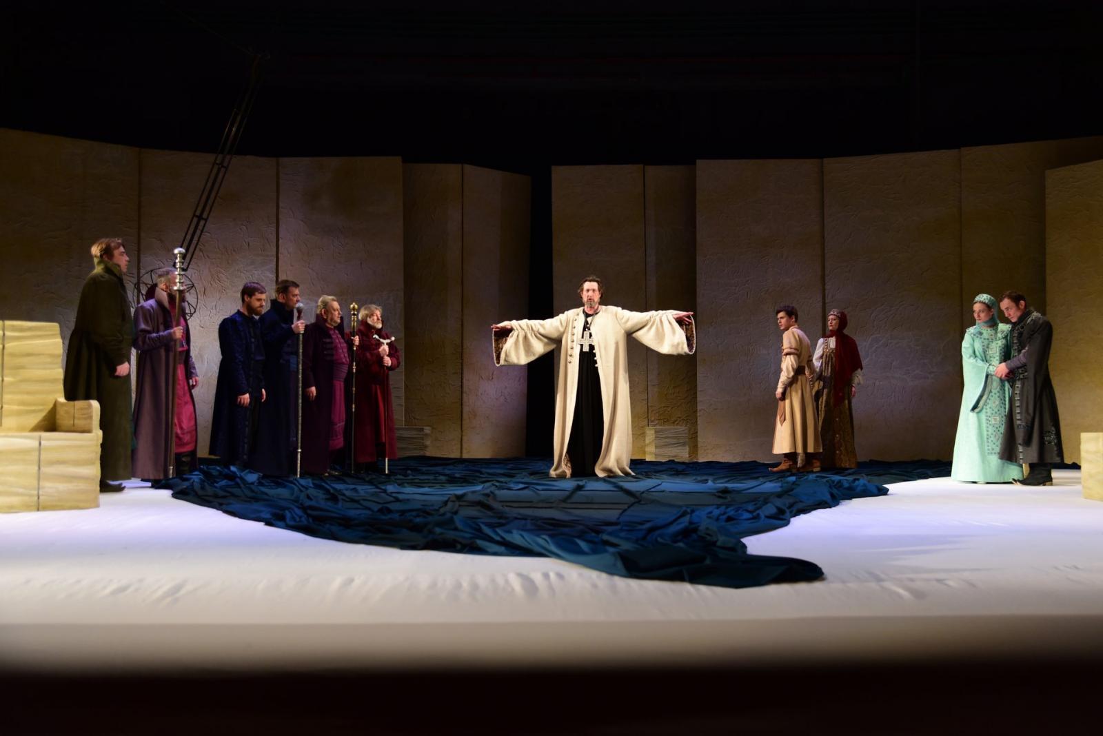 Спектакль брянского драмтеатра вошел в конкурсную программу международного фестиваля