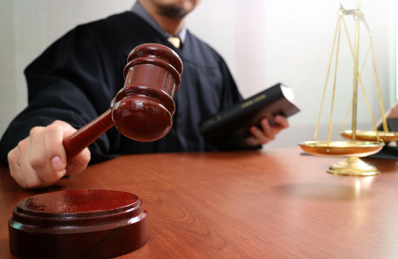 В Брянске председатель Володарского суда решил оставить должность
