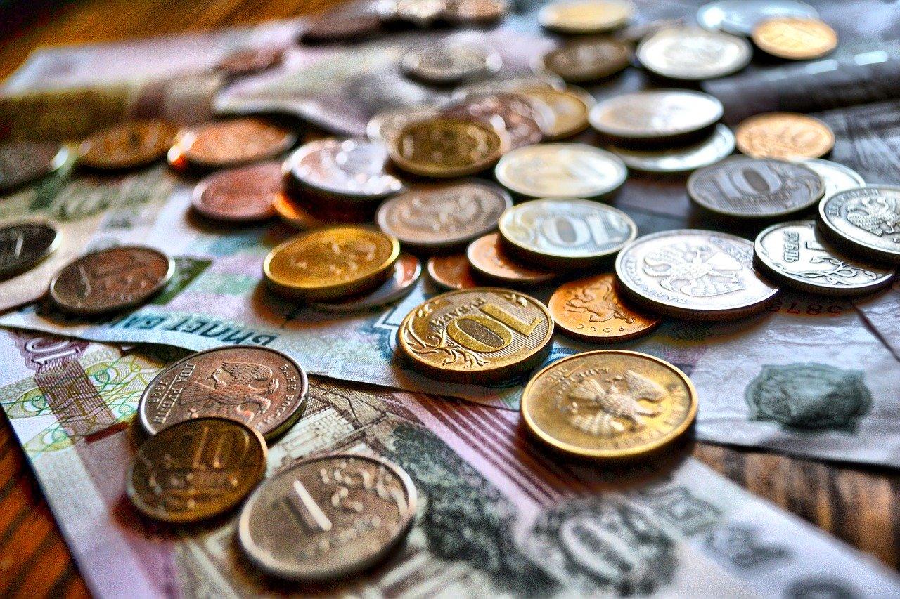 Объем кредитов россиян превысил 19 трлн рублей