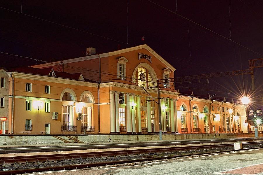 На новогодние праздники в Брянске изменится расписание пригородных поездов