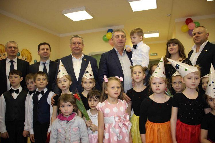 8 марта в Почепском районе открылся новый детский сад
