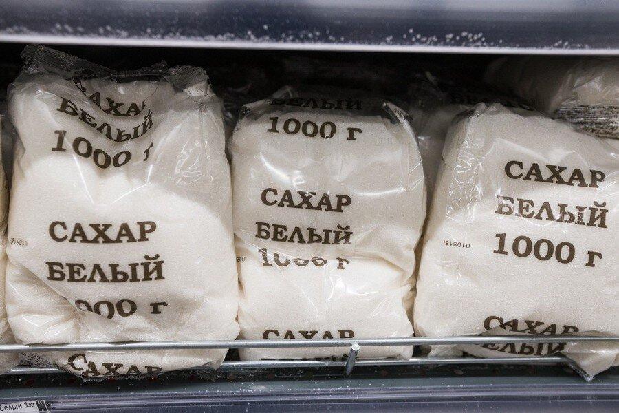 Стоимость сахара опустилась до 34 рублей в брянских магазинах