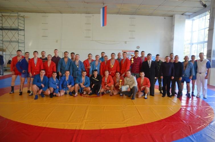 Сотрудники брянского МЧС приняли участие в чемпионате по самбо