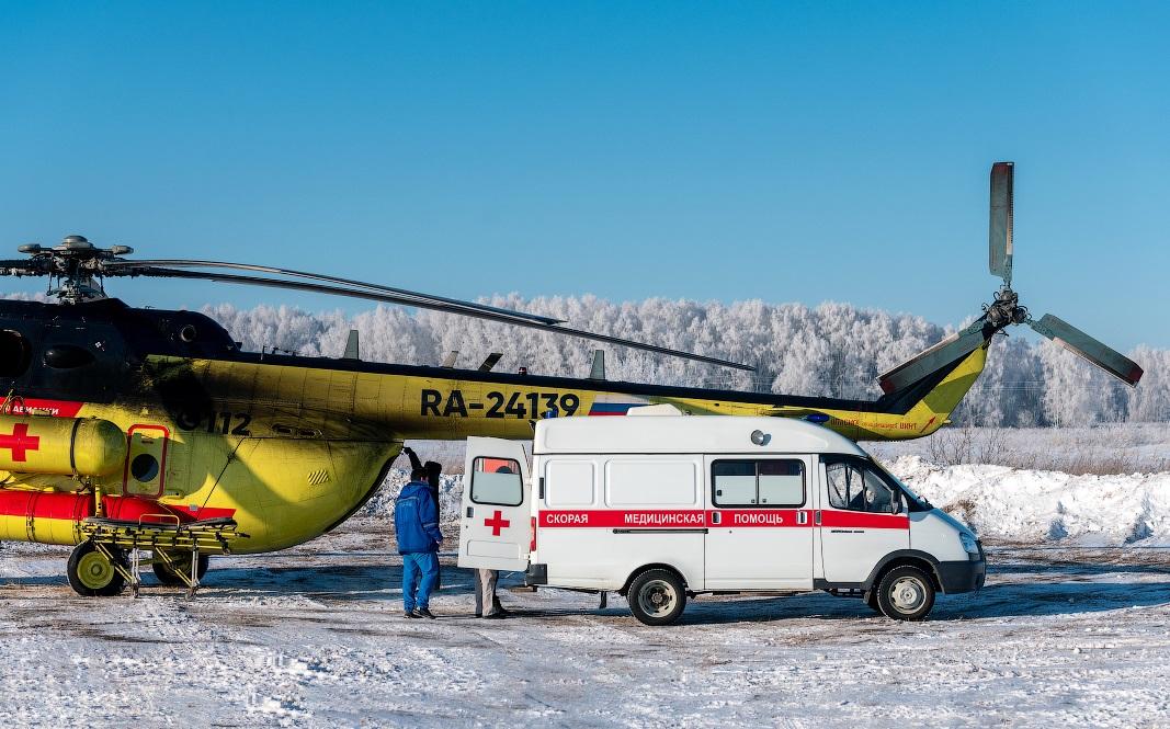 Вертолёт санитарной авиации доставил в Брянск из Погара пострадавшего в ДТП мужчину