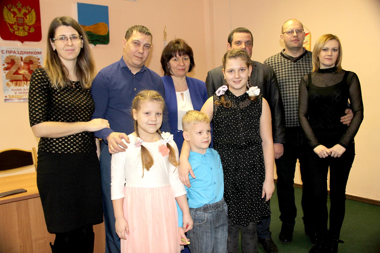 В Брянской области на поддержку семей выделят более 2,2 млрд рублей