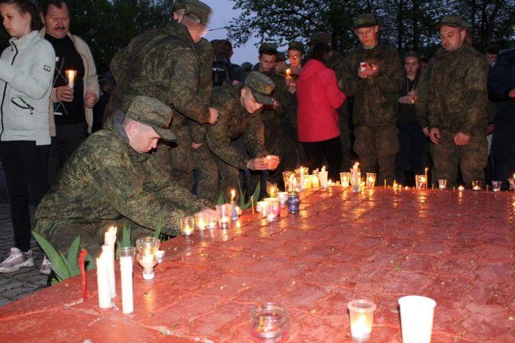 В Сеще прошла акция памяти «Зажги свечу»