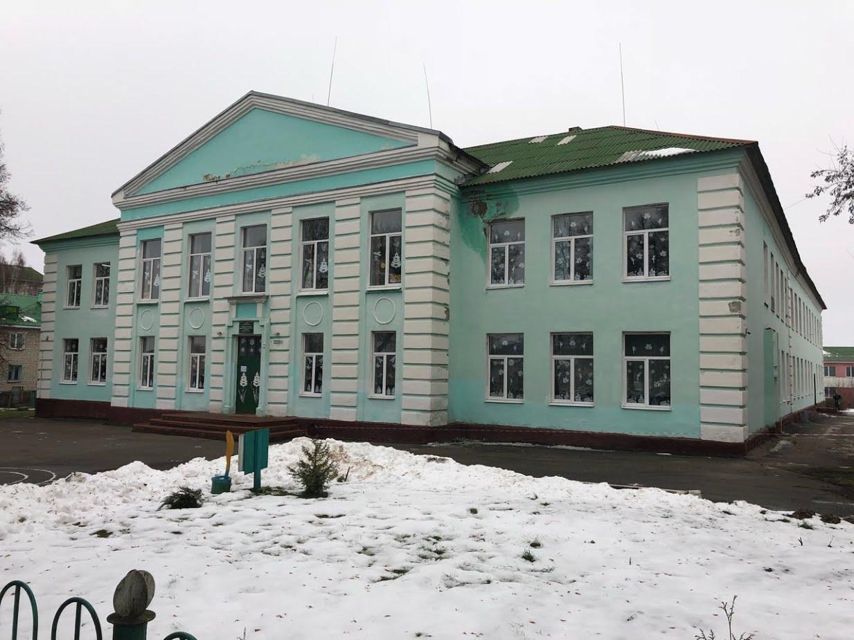 В Брянском районе сделают ремонт в школах и учреждениях культуры
