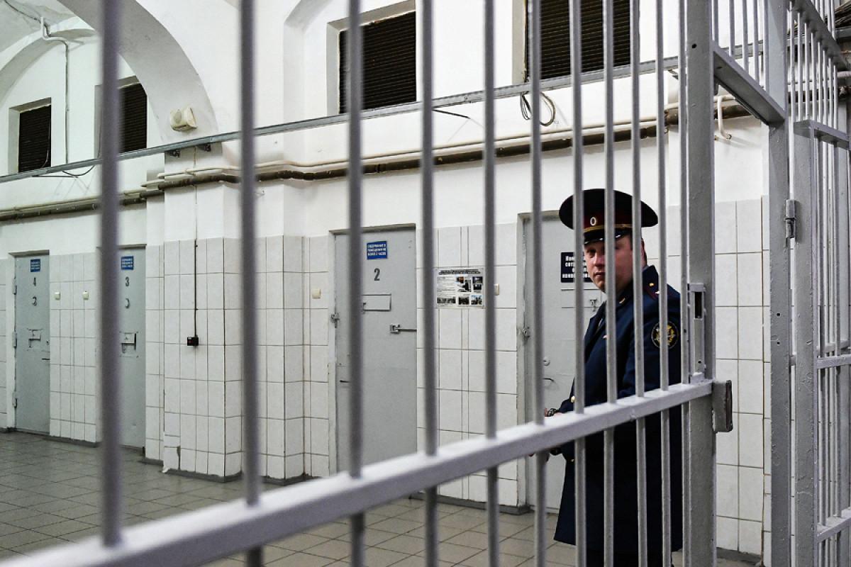 Суд оставил в СИЗО обвиняемую в афере на 6 млн рублей жену брянского экс-замгубернатора