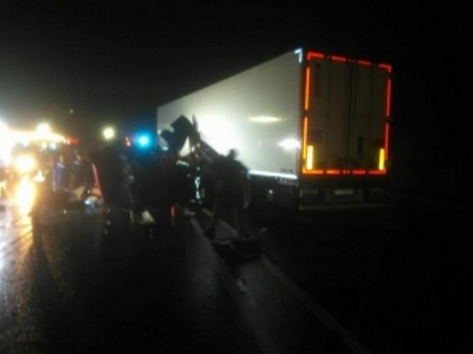 Под Брянском произошло серьезное ДТП с участием двух грузовиков