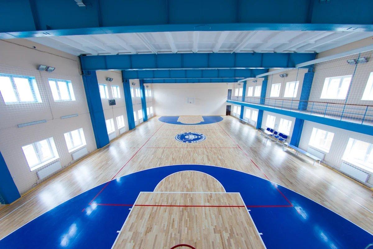За один год в Брянской области отремонтировали восемь сельских спортзалов