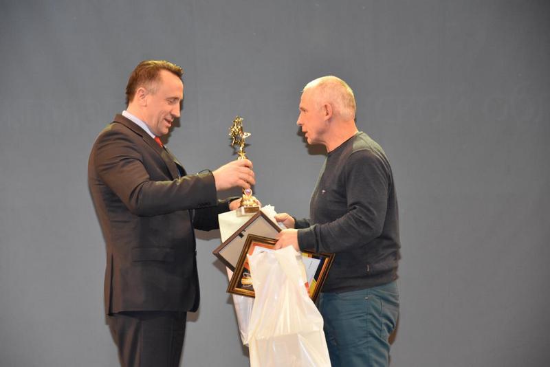 В Брянске наградили спортсменов и тренеров боевых искусств