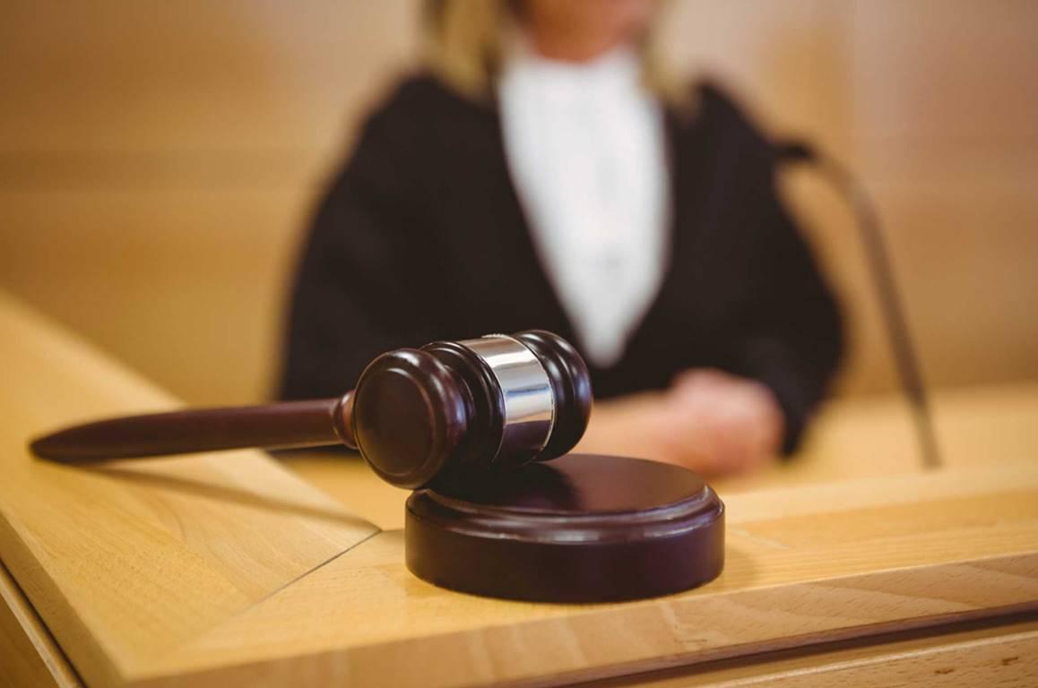 В Новозыбкове девушку осудили за хранение наркотиков