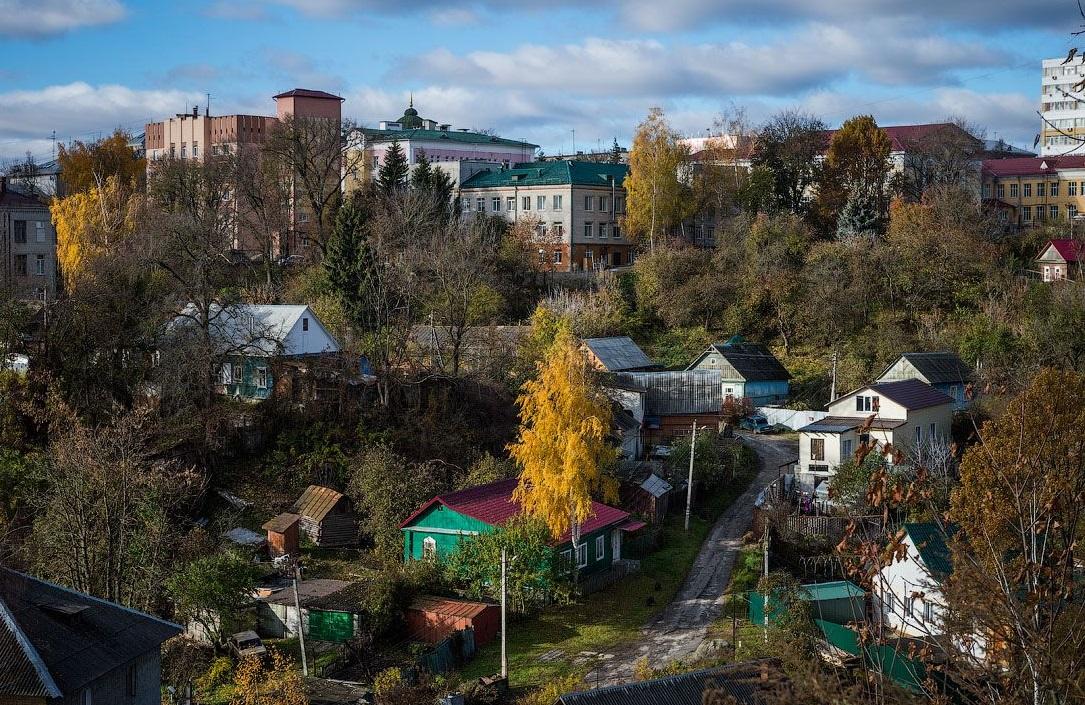 В Брянске издали книгу об уникальных памятниках природы Нижнем и Верхнем Судках
