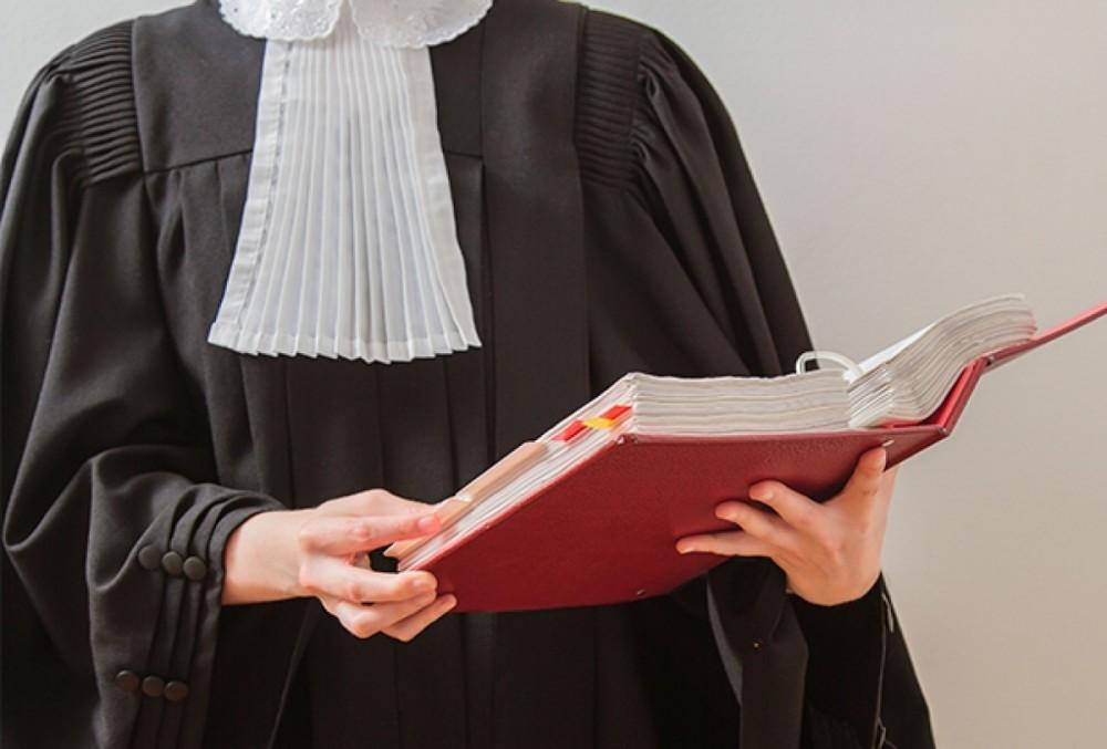 В Брянске ищут двух арбитражных судей
