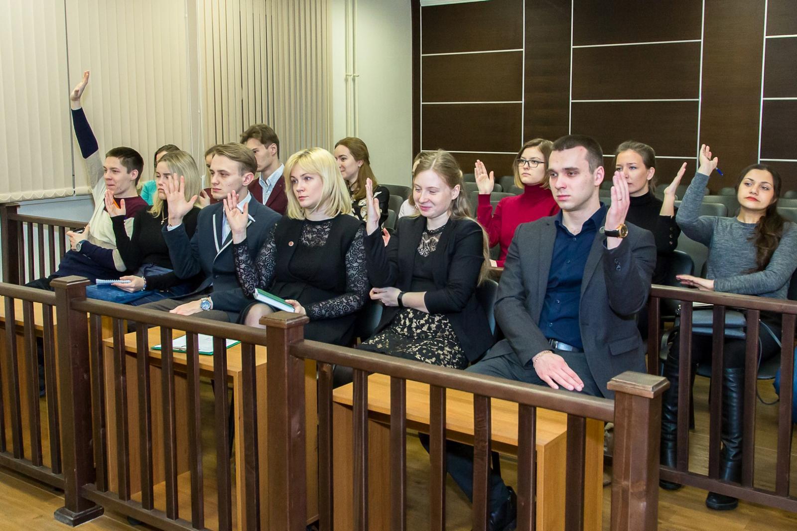 В Клинцах присяжные освободили подозреваемого в убийстве осужденного