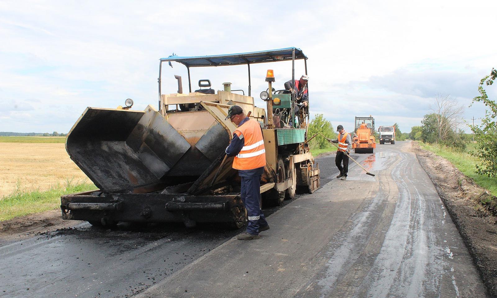На Брянщине приведут в порядок автодорогу Суземка-Трубчевск