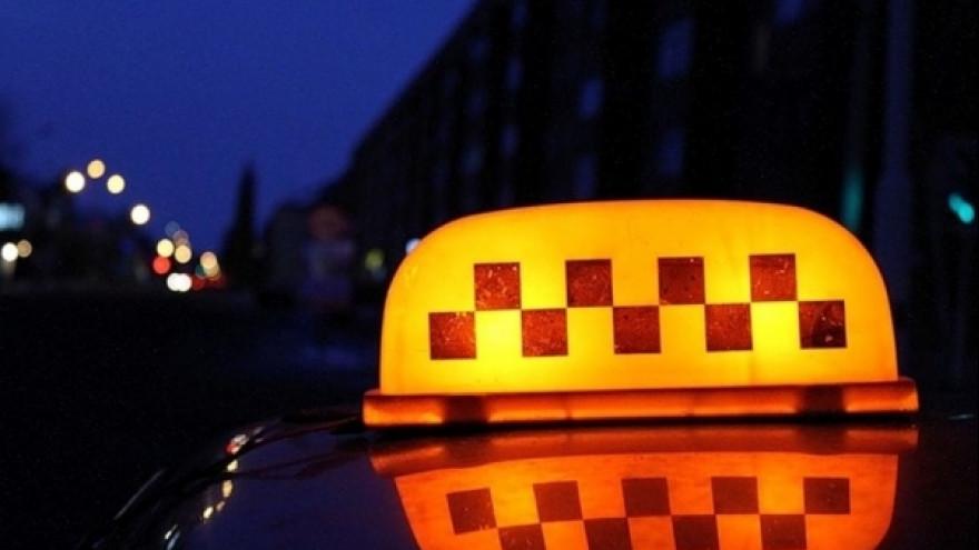 В Брянске на рабочем месте скончался таксист
