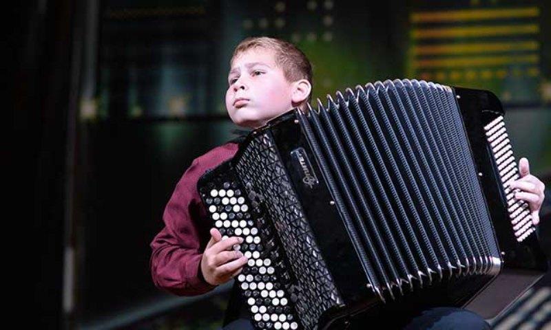 Брянские юные таланты выступят с городским оркестром