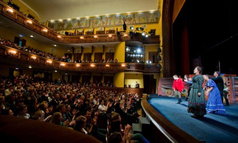 Зрителям Брянского театра драмы расскажут олюбви