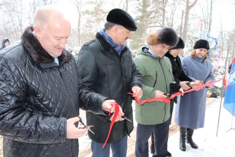На стадионе в Белой Березке открылось новое здание для раздевалок