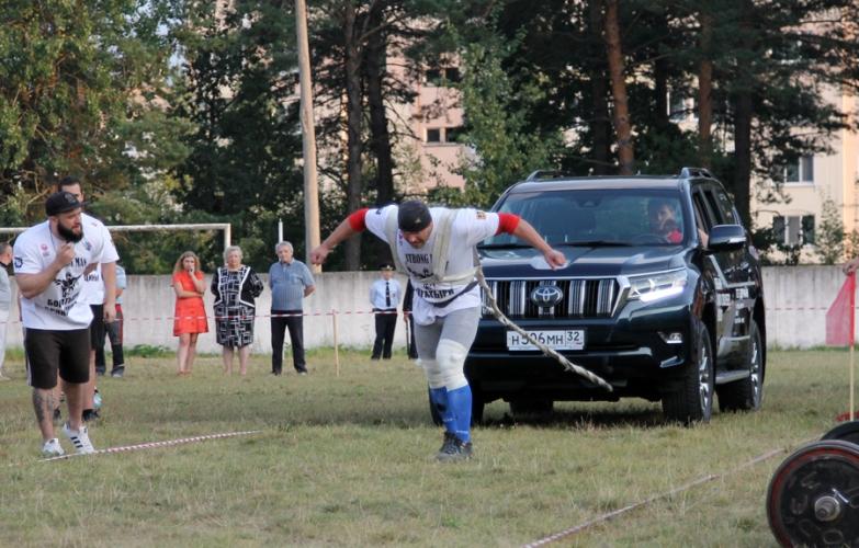 Самым сильным человеком Брянщины стал Владимир Булгаков
