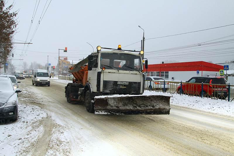 Брянские управляющие компании и ТСЖ наказали за некачественную уборку снега