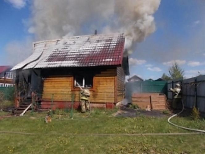 В Унече сгорела частная баня
