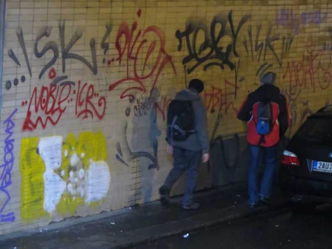 В Брянске 20-летний подросток ответил перед судом за вандализм