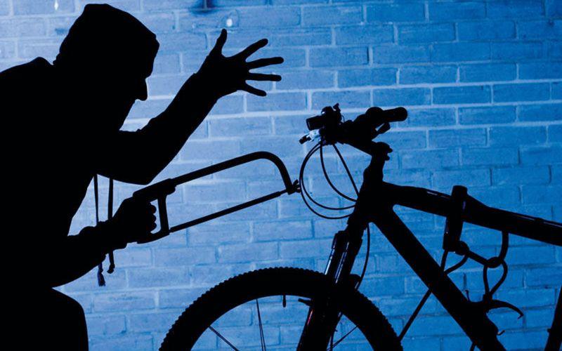 В Карачеве 54-летний уголовник угнал велосипед