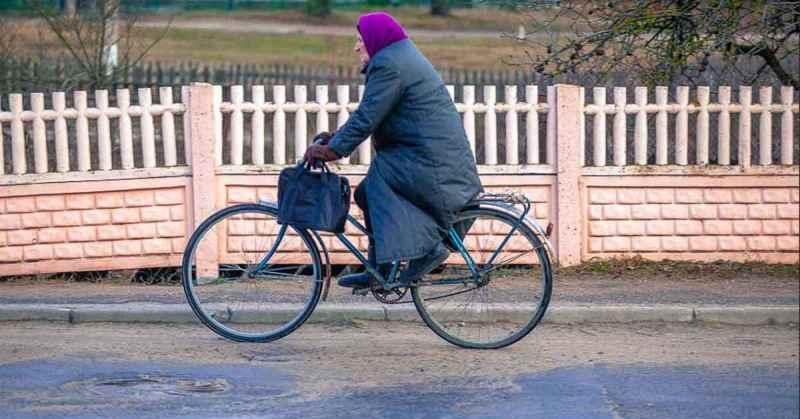В Суземке 68-летняя женщина угнала велосипед