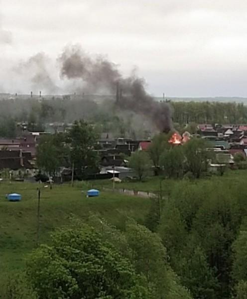 В Брянске на Новом городке сгорел дом