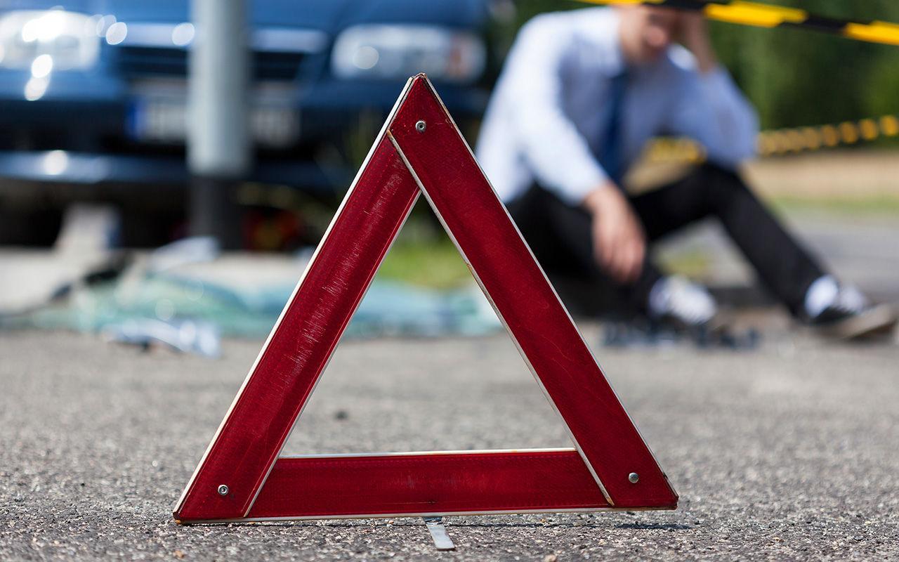 Под Брянском водитель ВАЗа врезался в BMW и сломал нос