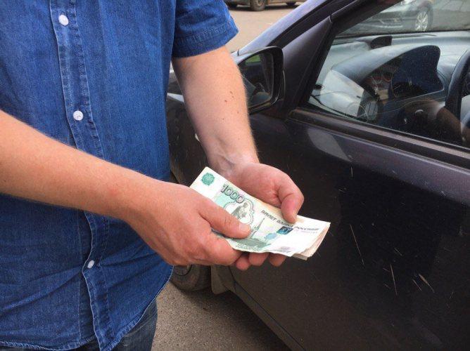 В Брянске сотрудник ДПС оказался за решеткой