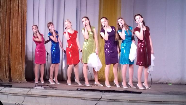 Конкурс эстрадной песни «Юные голоса» прошел в Брянске