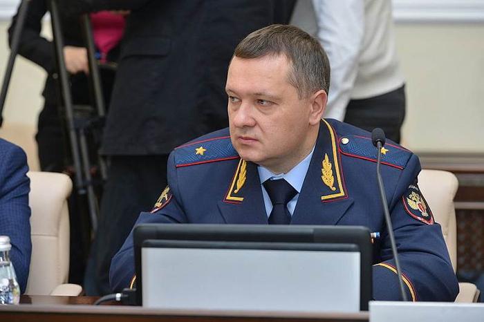 Полицейскому, которого уволили из-за скандала с Голуновым, нашли работу в Брянской области