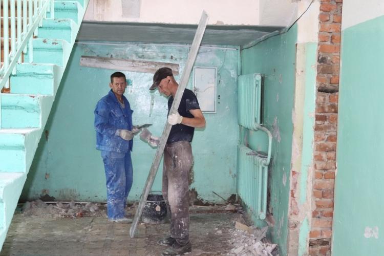 В Клинцах ремонтируют травматологическое отделение