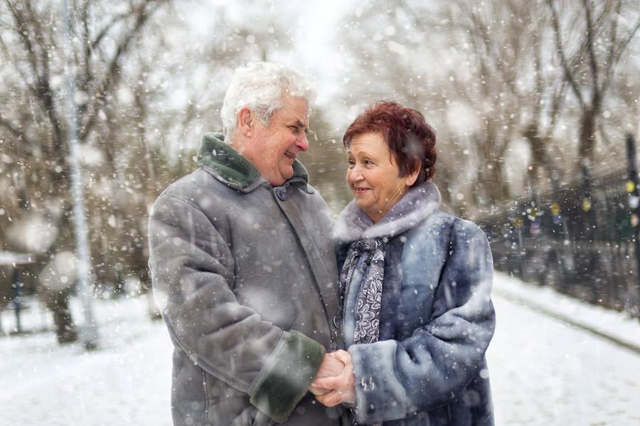 В Брянской области пенсионерам смягчили коронавирусные ограничения