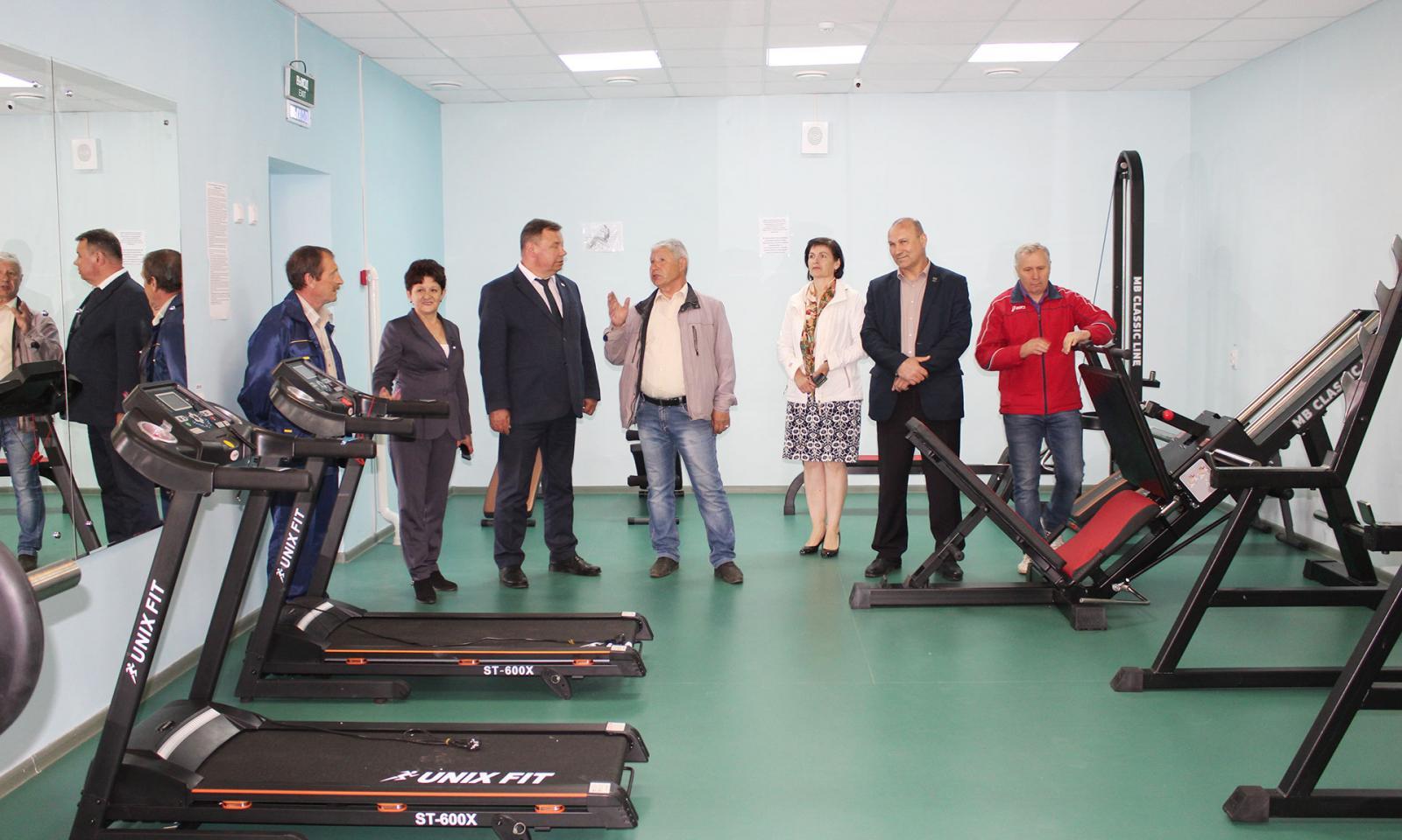 В Комаричском районе области готовятся к открытию ФОКа и детского сада