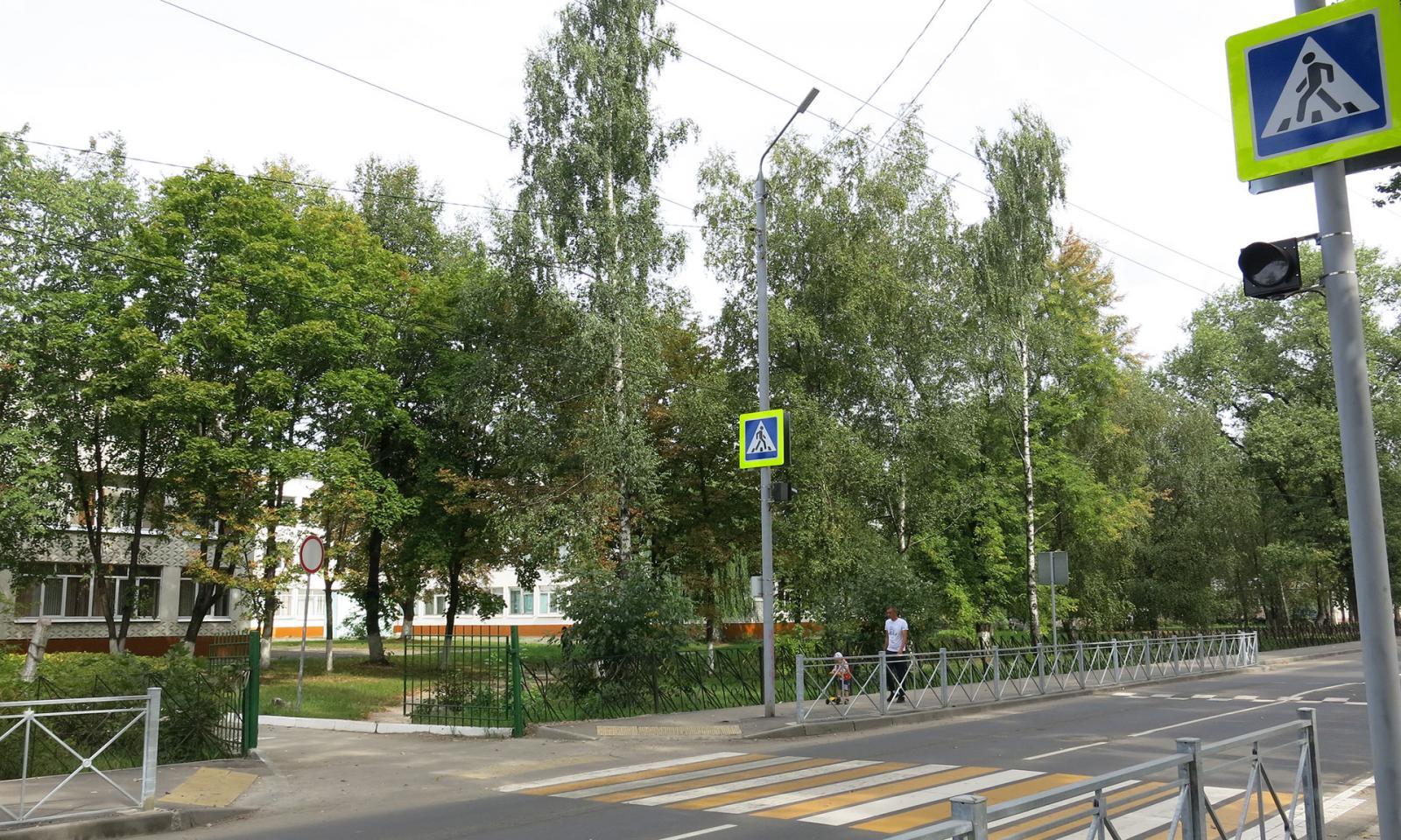 В Брянске отремонтировали дороги возле школ