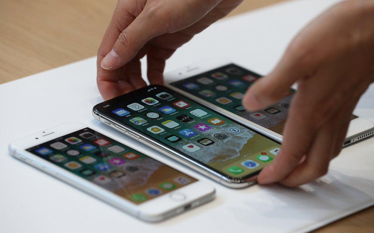 """Дешевле некуда: Apple показала новый""""бюджетный"""" смартфон"""