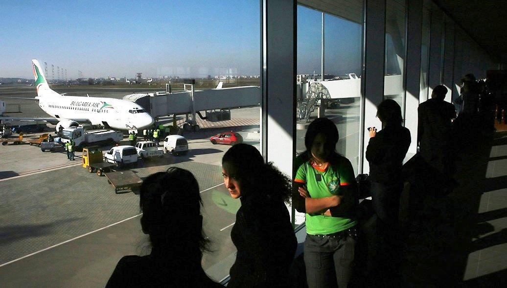 Тысячи россиян немогут улететь из Болгарии