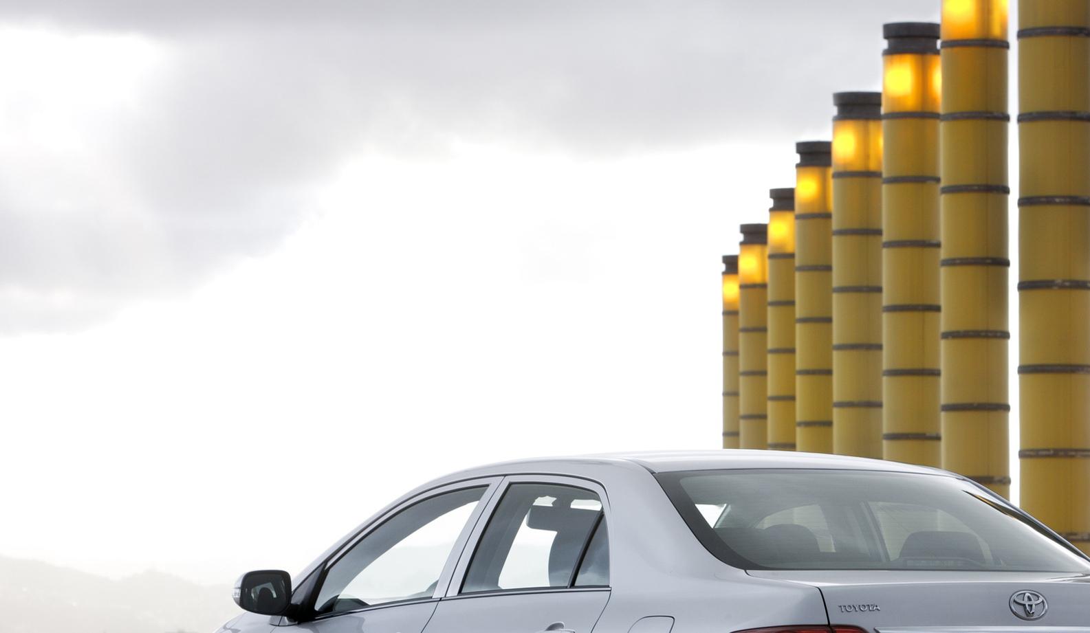 Проблемы с проводкой: Toyota отозвала авто изРоссии